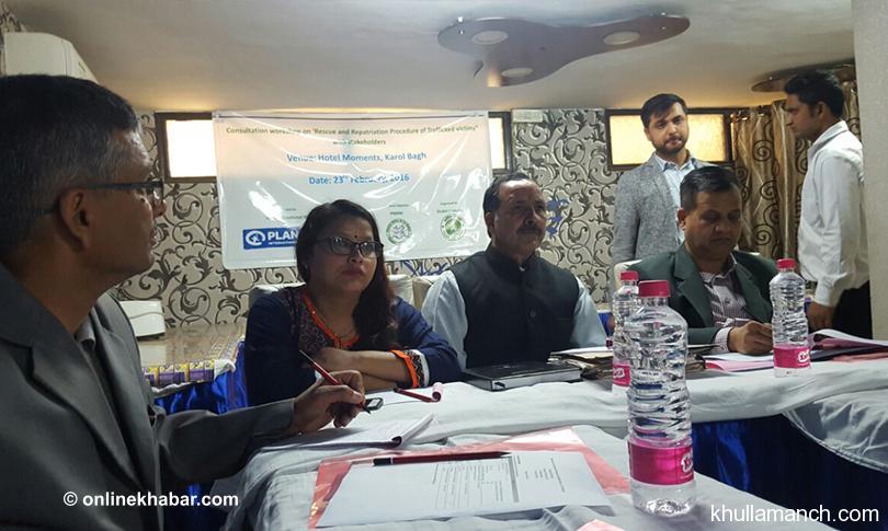 दिल्लीमा प्रश्नः बेचिएका नेपाली चेलीलाई राख्ने ठाउँ छैन !
