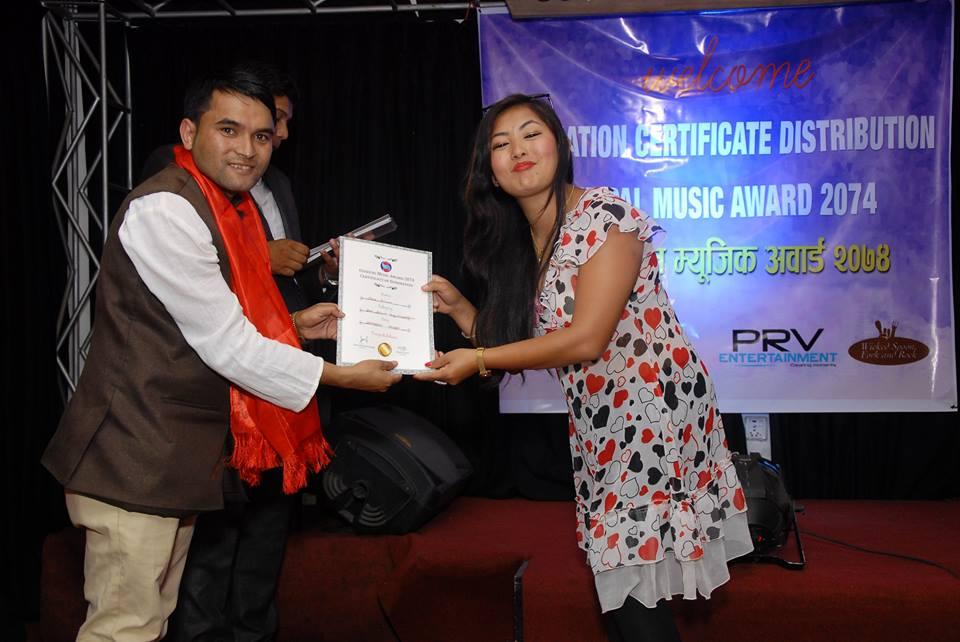 ओएस नेपाल म्युजिक अवार्डको लागि गायिका पुजा सुनुवार मनोनयनमा