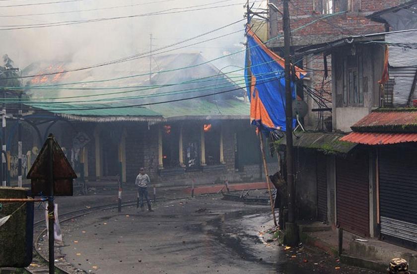 दार्जिलिङमा सुरक्षाकर्मीले गोली चलाउँदा ३ जनाको मृत्यु