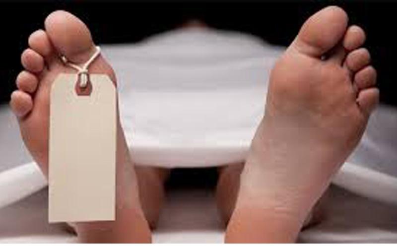 गाडीभित्रै बेहोस भएका एक यात्रीको मृत्यु