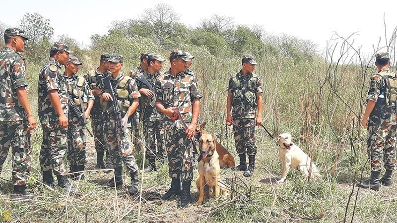 पोखरामा सेनाका एक सैनिकले ७ राउण्ड गोली हानी आफनै सहकर्मीको हत्या गरे