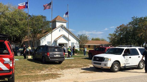 टेक्सासको चर्चमा गोली चल्दा मर्नेको संख्या २७ पुग्यो, २५ घाइते