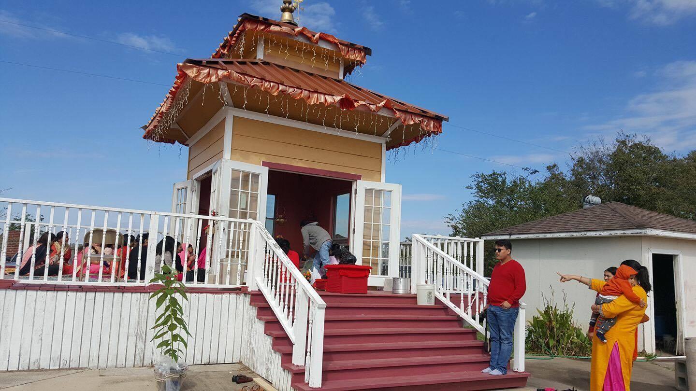 ह्युस्टनको नेपाली समुदायद्धारा साढे तीन करोड लागतमा आफ्नै मन्दिर तथा सामुदायीक केन्द्रको स्थापना
