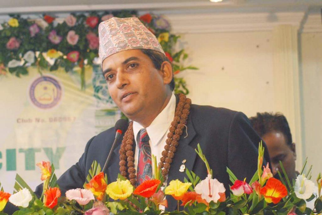 गरिब मजदुर, बेल्चा चलाऊंदा डिभी, त्यागेर जन्मभुमीमा उद्योगपति