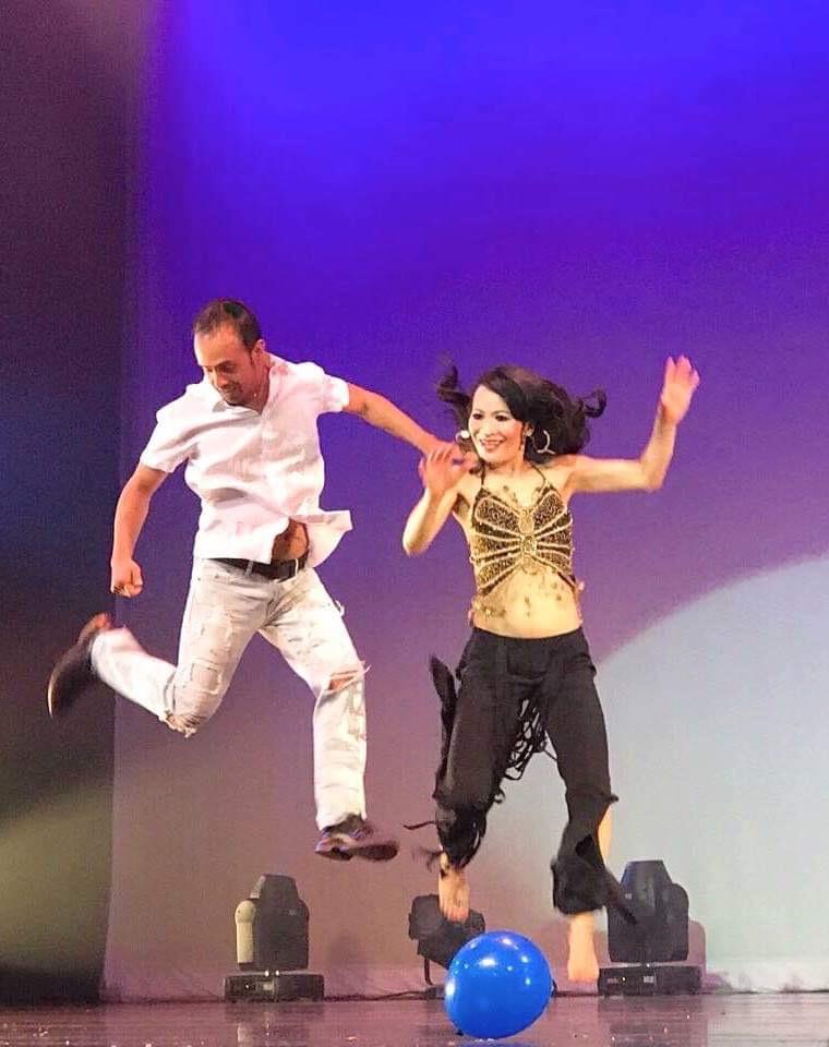 नविन, लुना र केसी डान्स सेन्टर