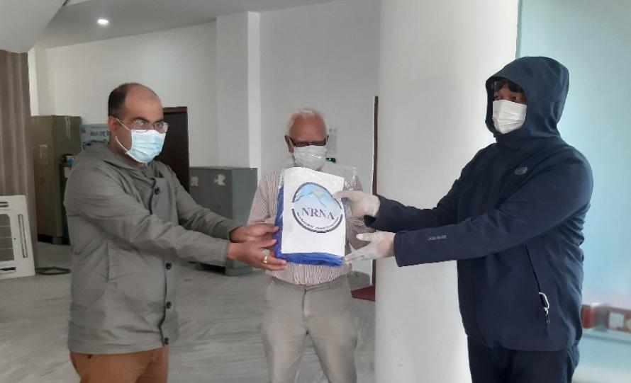 एनआरएनए दक्षिण कोरियाद्वारा नेपाल सरकारलाई स्वास्थ्य उपकरण प्रदान