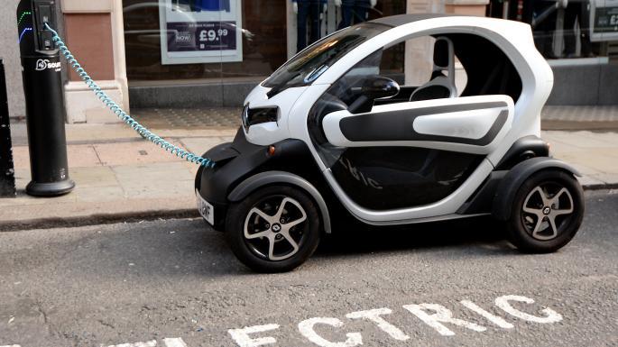 विद्युतीय गाडीको प्रस्तावित महशुल घटाएर पूर्ववत् कायम गर्न अनुरोध