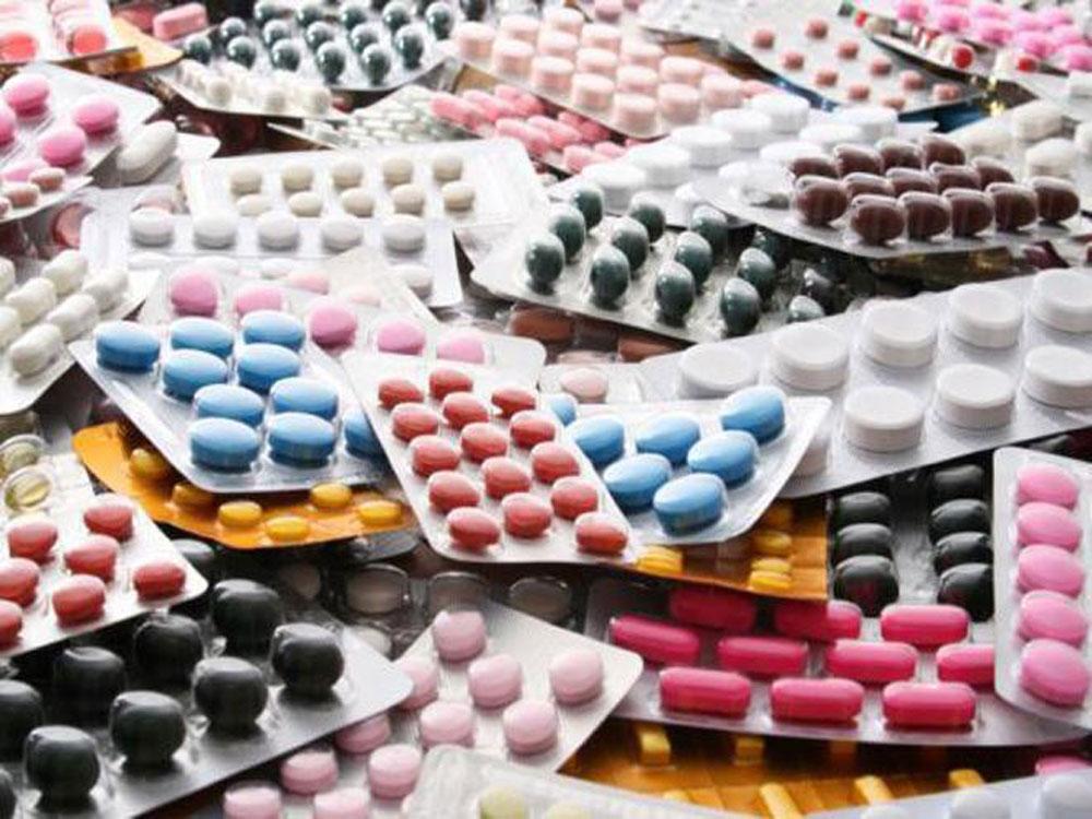 नेपालमा उत्पादन हुने औषधिहरु विदेशबाट ल्याउन प्रतिबन्ध लगाउनुपर्ने माग