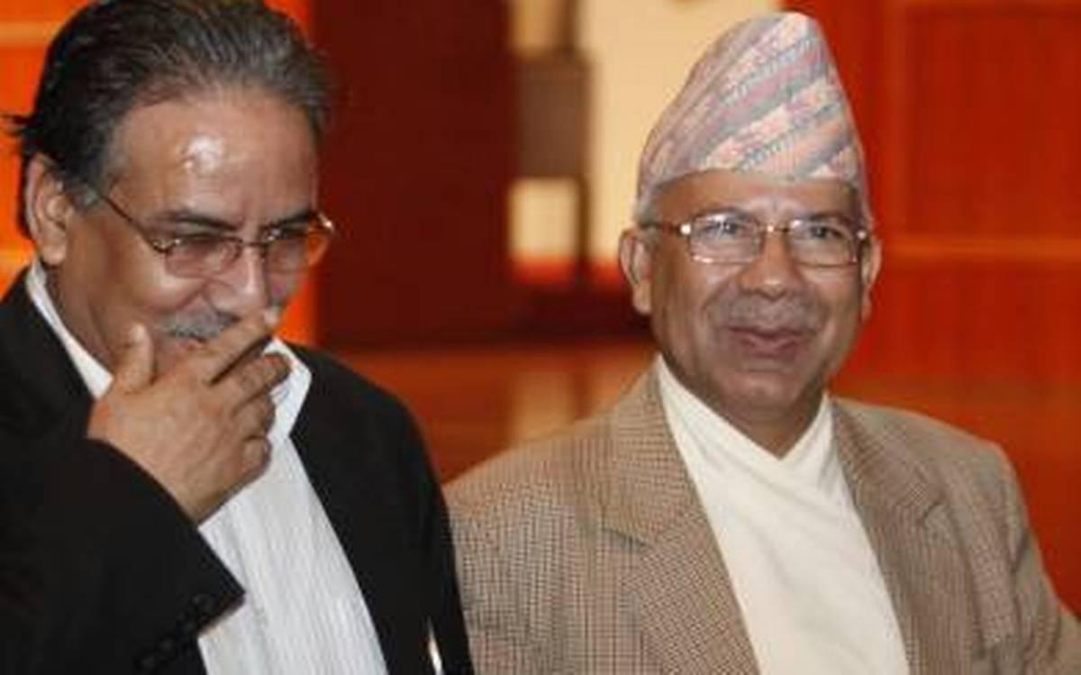 ओली ईतरका नेताहरुको भेला काठमाडौमा, ओलीले पार्टीको निर्णय मान्नै पर्नेमा जोड