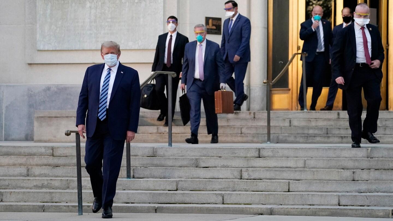 अमेरिकी राष्ट्रपति डोनाल्ड ट्रम्प अस्पतालबाट निवास फिर्ता