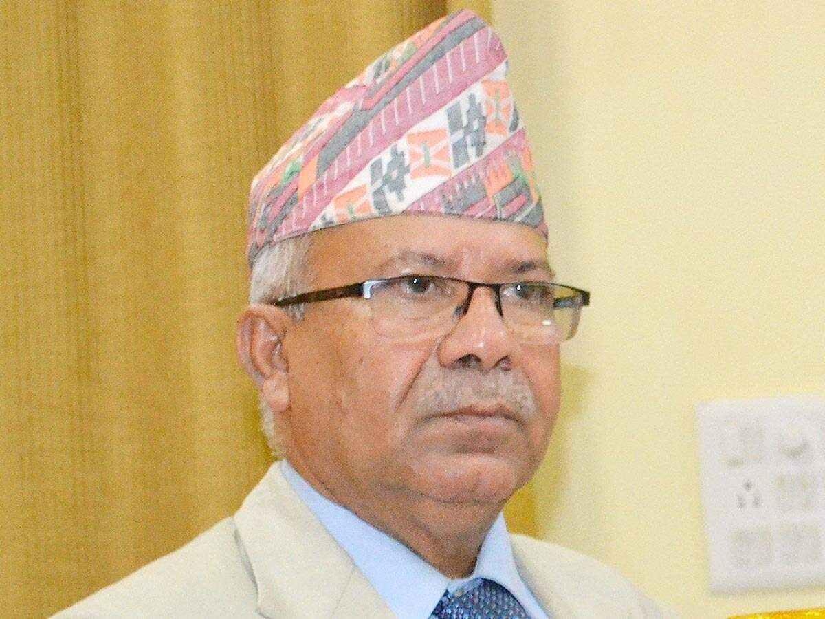माधव नेपाल र भीम रावललाई ६ महिनाका लागि पार्टीवाट निलम्बन, ओली एमाले अध्यक्ष नै नभएको नेपालको प्रतिकृया