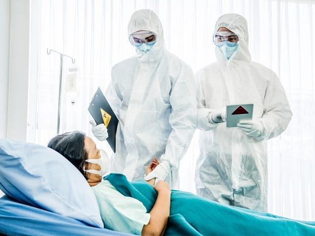 कोरोना संक्रमण बढदै गएपछि उपचारका लागि सरकारको तयारी, उपचारका लागि अक्सिजनको ठूलो समस्या नभएको  जिकिर