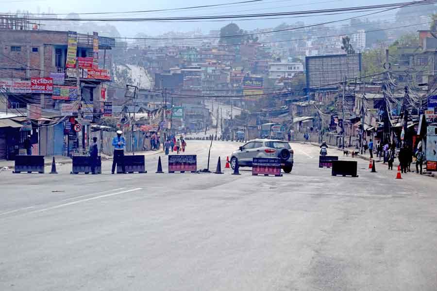 काठमाडौ उपत्यकाको  निषेधाज्ञा विहिवार देखि हटदै , सवारी साधनमा जोर विजोर  कायम रहने