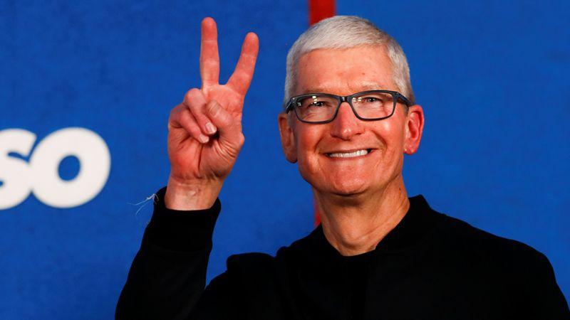 एपल कम्पनीको प्रमुख कार्यकारी टीम कुकले ५० लाख कित्ता शेयर पाए